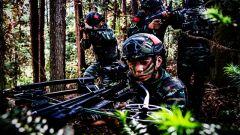 """直击""""反恐""""现场,看武警特战队员如何密林捕歼"""