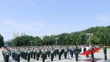 解放军某部在红安县黄麻纪念园举行革命传统教育基地揭牌仪式。