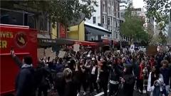 【美警察暴力执法引发的抗议持续升级】多国民众示威游行 声援美国内抗议活动