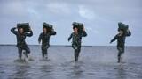 海中负重冲刺训练