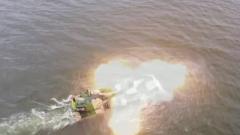 【直擊演訓場】粵東海域 兩棲裝甲海上戰斗射擊