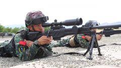 樹林追擊!武警石嘴山支隊展開特戰訓練