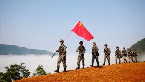 巡逻在彩云之南 他们用脚步丈量祖国的边防线