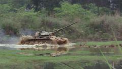 【直擊演訓場】陸軍第75集團軍某旅:女坦克兵晉級考核標準不降