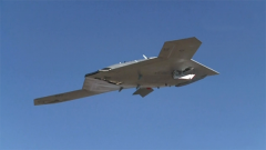 X-47B無人機:可自主飛行 性價比直逼F-16戰斗機