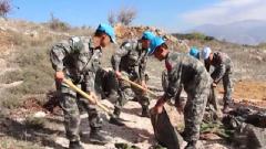 人工搬運數十噸施工材料 中國官兵提前20天高質量完成任務