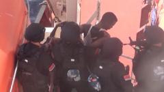 中國海軍與持槍海盜斗智斗勇 成功營救被劫持船員
