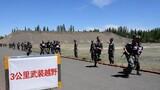 為檢驗部隊實際訓練質效,近日,新疆軍區某團按照實戰化要求,組織機關干部和基層分隊官兵進行全方位軍事考核,進一步檢驗軍事訓練效果,評估備戰打仗能力。圖為3公里武裝越野