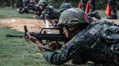 燃!直击武警特战队员野外极限训练