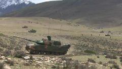【直擊演訓場】西藏軍區某旅:多兵種立體奪控 多火力聯合打擊