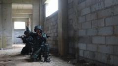 武警河南總隊濮陽支隊開展廢棄樓房反劫持演練