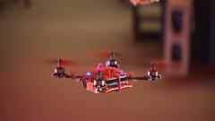 """感知環境做出判別  """"神奇""""的無人機編隊能力"""