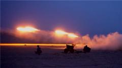 【直擊演訓場】空降兵多型火炮跨晝夜實彈打擊 火力全開