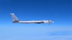 俄戰略轟炸機巡航北冰洋北部海域 遭美戰機伴飛