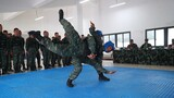 特戰隊員進行徒手搏擊對抗