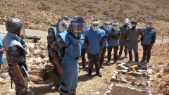 黎巴嫩:联黎部队司令预备队工兵到中国扫雷作业现地访问学习