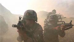 【直击演训场】南疆军区某部:大漠戈壁侦察兵武装破袭渗透