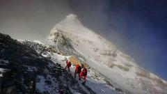兩次沖鋒、兩次撤回 登頂珠峰到底有多難
