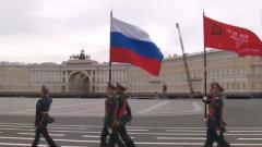 俄罗斯举行胜利日阅兵总彩排