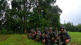 近日,南部战区陆军某边防旅严密组织半年军事训练考核,全面检验基层官兵的军事训练水平,树立练兵备战的鲜明导向,进一步激发广大官兵的参训热情。