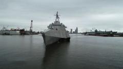 """美军接收""""奥克兰""""号濒海战斗舰"""