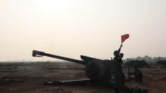 陆军第80集团军某合成旅炮兵分队开展多课目实弹射击演练