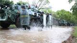 装甲车夺控训练