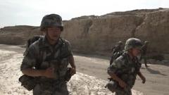 重伤恢复后仅8个月 年轻战士毫不犹豫负重30斤参与武装奔袭