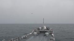 海军某登陆舰大队组织海上实弹射击训练