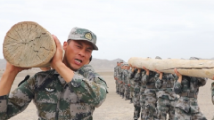 MV《好钢用在刀刃上》:新疆军区某合成团大漠戈壁砺精兵