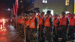 中部战区驻鄂部队全力投入抢险救灾任务