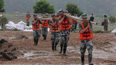 中部戰區駐鄂部隊持續投入抗洪搶險