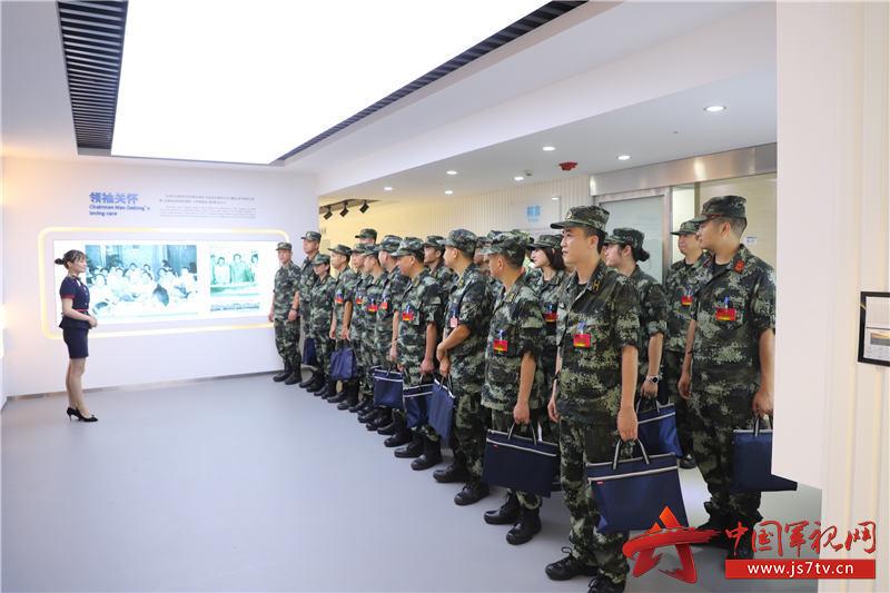 参观湖南省血吸虫病防治所