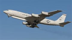 """杜文龙:为完善情报体系 美国可扮演""""前沿中枢""""角色的E-8C飞机首次现身南海"""