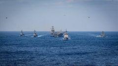 """警告当""""耳旁风""""?美军机一周三次挑衅中国 双航母战斗群再闯南海"""