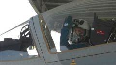 【直击演训场】空军首批某新型高教机飞行学员全优结业