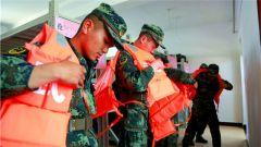武警平凉支队:抗洪抢险人装结合训练 练就过硬保障能力