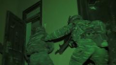 夜间捕歼演练 锤炼特战队员全天候反恐制胜能力