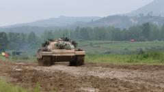 陆军第83集团军某旅:满屏烈焰 这波坦克分队实弹射击够火热