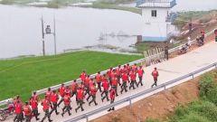 【抢险救灾 子弟兵在行动】湖南:武警官兵连续奋战处置多处管涌