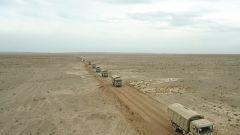 陆军第77集团军某合成旅:海拔3800米  战场驾驶跨昼夜连贯演练