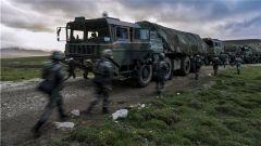 挽弓如月戰朝夕! 西藏軍區某炮兵旅開展跨晝夜實戰化綜合演練