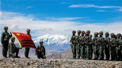 为军旗添彩!武警新疆总队某特战支队从严从难练精兵