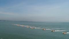 海军陆战队某旅组织渡海登陆作战演练