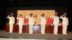 荣耀时刻,海军航空大学某团举行军官晋升军衔仪式