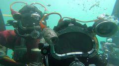 【直击演训场】海军潜水员大深度多课目援潜救生训练