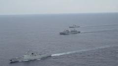 中国海军护航编队紧急救治商船船员
