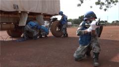 中国第10批赴南苏丹维和工兵分队组织反击救援演练
