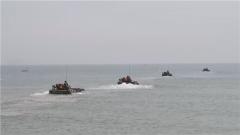 【直击演训场 聚焦水上训练场】海上实弹射击 检验登突一体作战能力