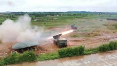 【直击演训场】豫南山区 火炮分队实弹射击演练